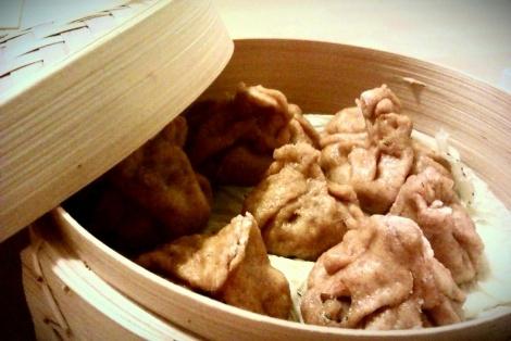 Chińskie Sakiewki z Mięsem Wołowym