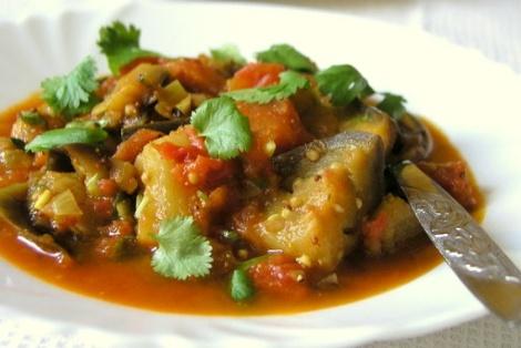 Curry Z Pomidorów I Bakłażana