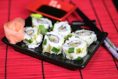 Sushi Uramaki Ze Śledzia
