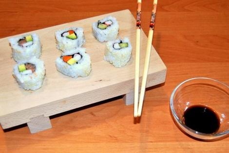 Odwrócone Maki Sushi