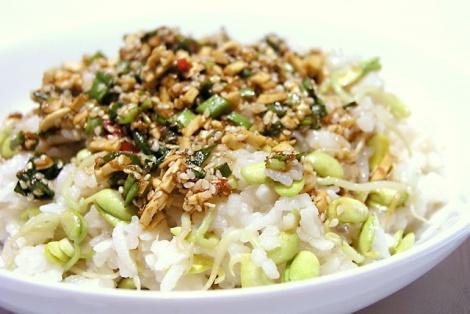 Ryż Z Kiełkami Fasoli Mung