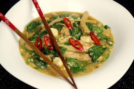 Wieprzowina z Tofu i Szpinakiem