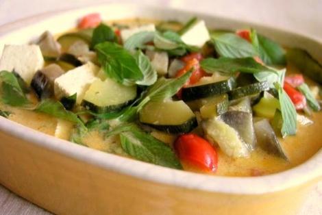 Warzywa z Tofu i Czerwoną Curry