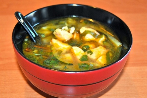 Tajska Zupa z Łososiem