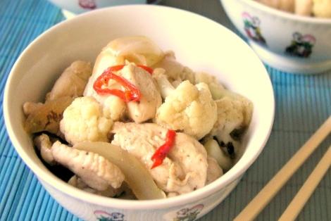 Wietnamski Kurczak z Kalafiorem