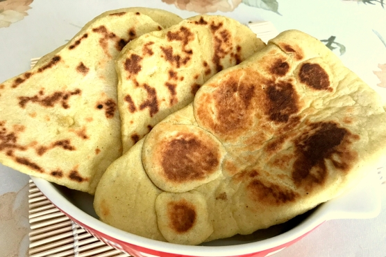 Chlebki Naan Curry