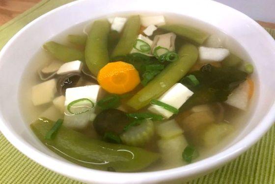 Zupa Tom Yum Jay